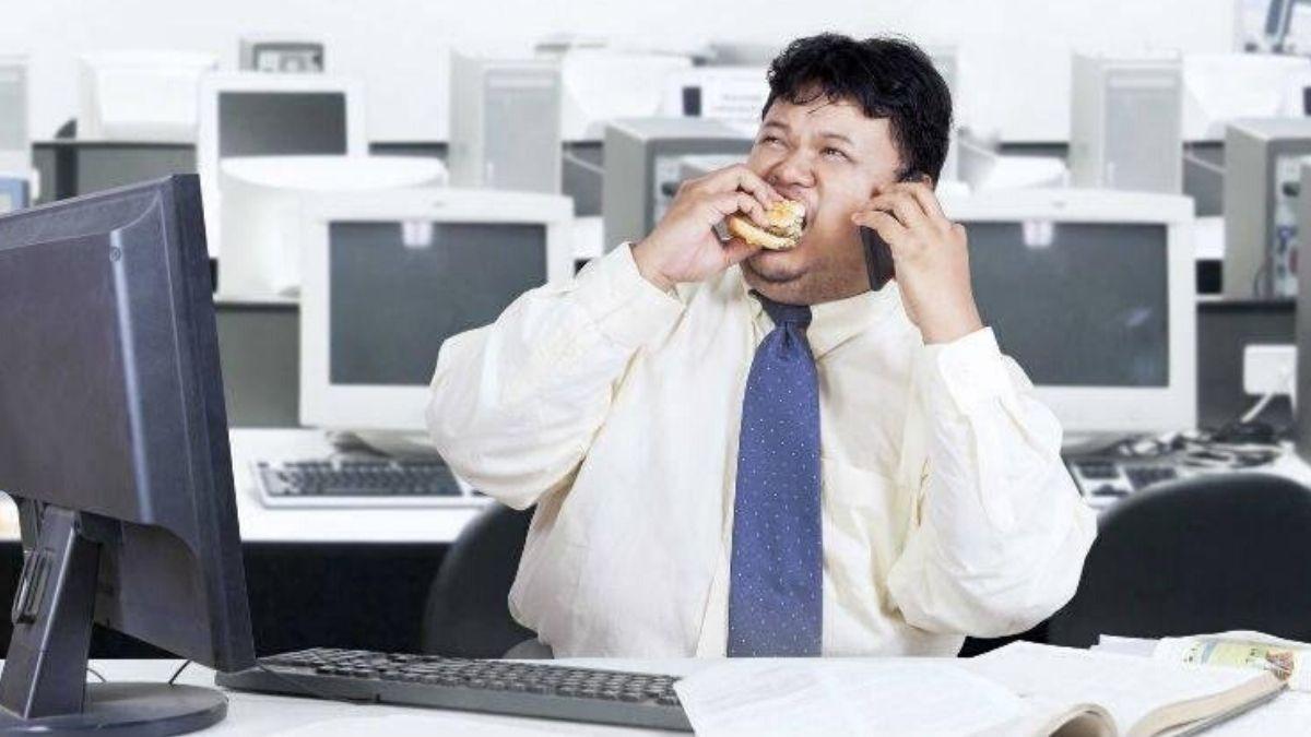 gordo trabalhando