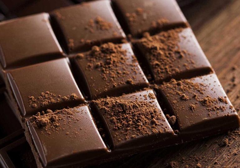 lactante pode comer chocolate