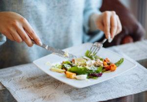 Entenda a importância da reeducação alimentar
