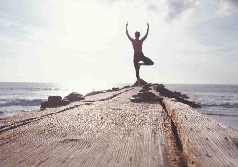 O que é hatha yoga e porque ela define o corpo?