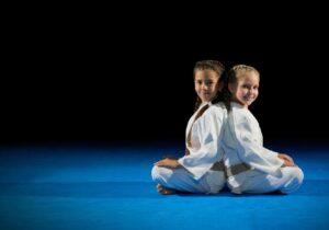 Aula de judô: Tradição e disciplina para tratar crianças bagunceiras