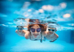 Benefícios da natação para a saúde da criança alérgica